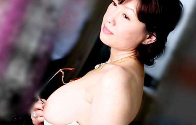 〚里中亜矢子〛愛する息子の為ならママのカラダを…WWWW完熟の女校長が犯される♬カヨワイ僕を守るために奴隷と化してしまうwwww