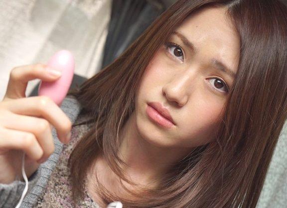〝これが・・・ニホ…のHローター?♬ン〟キュート過ぎる留学生に日本の最先端エロ技術で開発したオモチャで悪戯しちまうぜWWWWWW