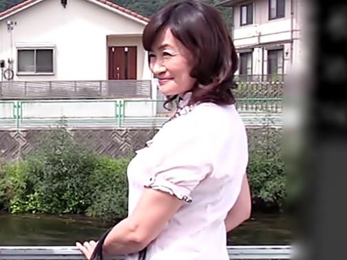 ☆☆笹川蓉子☆☆婿ちゃん。。。ママを抱いてね、フフフ♪♪WWWむっちりな完熟過ぎる体が嫌らしい義理ママとムフムフ温泉旅行WWWWW