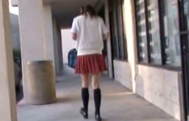 ★★お嬢ちゃん。。。逃げても無駄ですょ★★白人娘が日本の変質チ○コに。。。車中・野外で美白ボディ中出しで汚されWWWWW