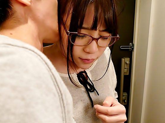 ◆◆はふん。。。だめぇ~~~もっ焦らしてぇ~~◆◆地味~眼鏡っ子は超ドМ♬完全調教の一部始終をご覧ください。wwwwwwwwww