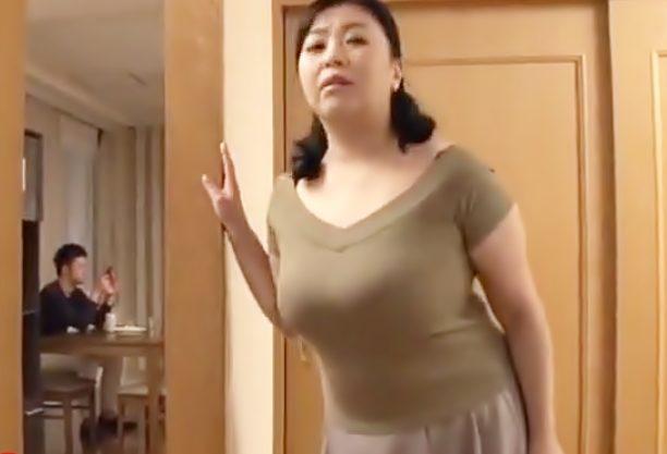 三段腹ママがデカマラに嵌っちまった…【寺島志保(^^♪】早くぅ~♡義理兄の巨根に喰い付く肥満妻ってスンゴイょwwww