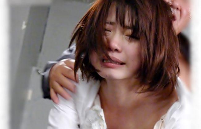 いっやぁぁ~~!マジヤバ…ガチに泣いちまってるぜ(^^♪OLお姉さんを悪魔の引き篭もり幼馴染が犯しちまったwwww