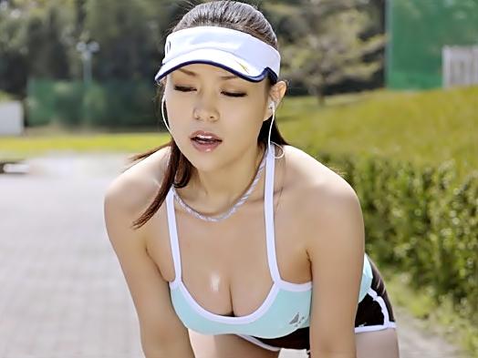 はぁはぁ~~【中森玲子】汗だくジョギングばばあを寝取ったるぜ♪汗に塗れた熟エロフェロモンがおバカチ○コら貫かれちまうwww