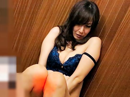 やめて。。。下さい!【澤村レイコ(^^♪】何時も偉そうな女上司をヤバイやつ部下が中出し輪姦しちまったwwwww