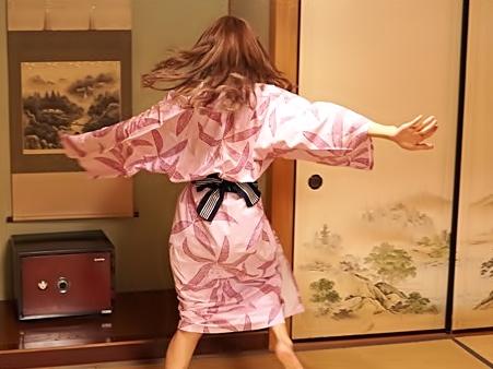 【キララ♡】やだ・・・おチ〇ポ(^^♪社内旅行でヤリマ〇コがバレちまったお姉さんが穴姉弟を作っちまったwwwww