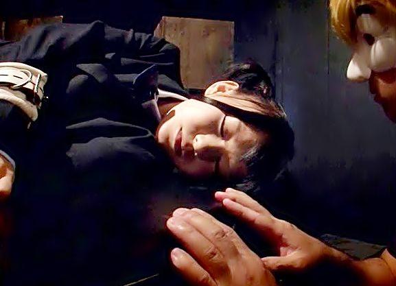 いっやぁーーーー!【小西まりえ(^^♪】拘束されたロリマ〇コを仮面を被った超ヤバイやつが強引に貫く鬼畜調教だぜwwwww