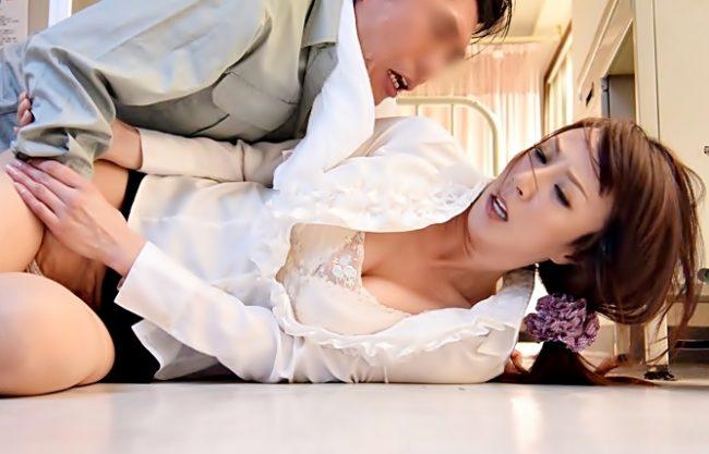 やめてぇぇ~~~女教師レイプ♡〚澤村レイコ(^^♪】熟々エロフェロモンを撒き散らす先生がチ〇コ汁で汚されちまうwwww