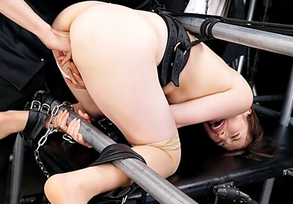 【早川瑞希(^^♪】ぎゃぁぁ~~マ〇コ裂けちゃう!!極上ボデイのお姉さんが強烈な拘束プレイで調教されちまうぜwwwww