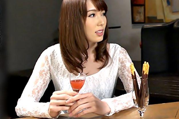 【波多野結衣**神ユキ(^^♪】フフフ♡かわぃぃ子食べてあげる!お仕事のストレスはタチ役レズで解消しちまうエロ杉女医先生wwww