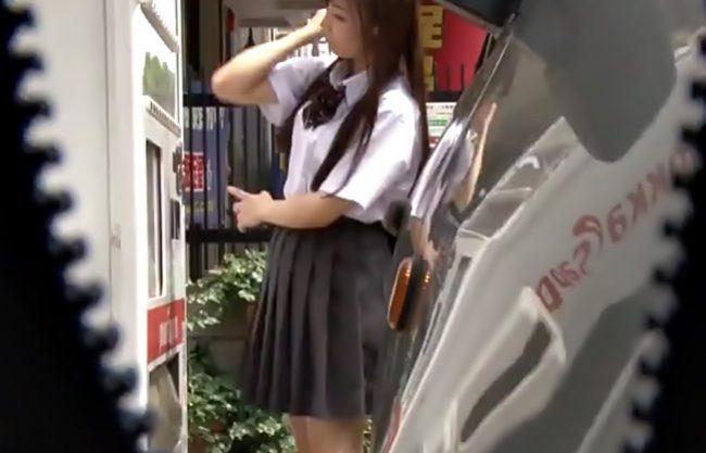 ぎゃぁぁ~~~ストーカーに狙われた美少女(^^♪学校帰りの無防備な制服小娘が涙しちまうほどボロボロに汚されちまったwwwww