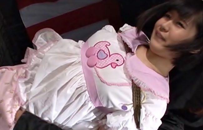 いっゃぁぁ~~~(^^♪ロリ顔の新任センコーを超変態なロリ趣味ヤロウがボロ雑巾のように調教しちまうキケン動画wwwwww