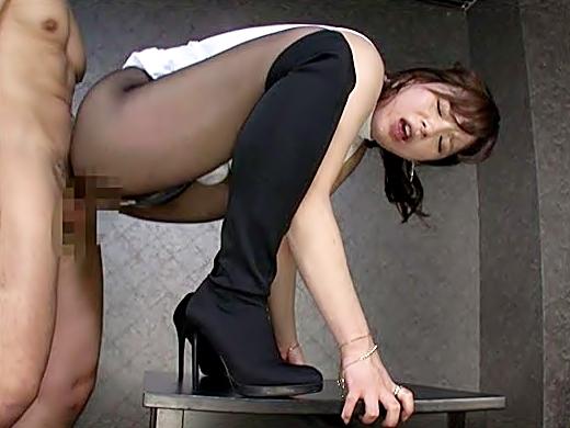 うっぅぅ~~カもっと突いてぅぅ~♡«三島奈津子(^^♪»美脚に直穿きお姉さんの強烈ズッボリ呑みこんじまうぜぇぇ~wwwww