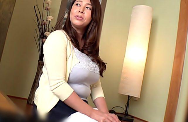 《風間ゆみ(^^♪》42歳義理ママちやん。。。ロケットお乳に三段腹?のお肉からエロフェロモン出し杉~~じゃねえかwwwwww