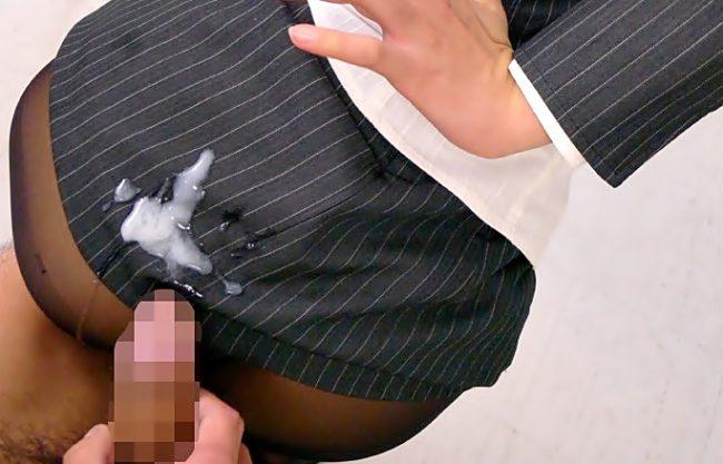 先生~~~ドっピュン(^^♪思春期チ●コ達を悩殺しまくりの美脚教師が、事もあろうに学校で逆痴漢の性教育しちまったwwwwww