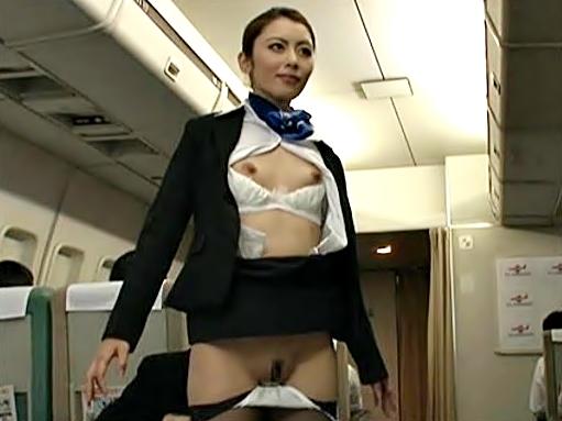 時間停止~~~(^^♪これは・・・航空会社の新たなサービス?美脚~~な客室乗務員を立位でイタズラしちゃおうぅ~wwwwwwwww
