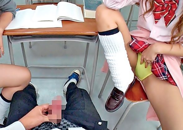 〚紺野ひかる(^^♪〛これは。。。センズリ鑑賞って名のイヂメ?サセ子GALに学校で逆痴漢されちまったぁぁぁ~~wwwwwwwwww