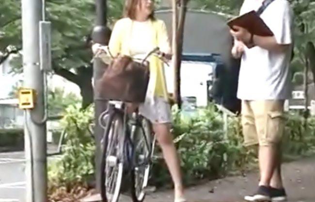 〚素人軟派\イタズラ編(^^♪〛スラット美脚おねーさん♡おバカ自転車チャレンジの大枚につられて⇒痴態晒しちゃうぜwwwwww