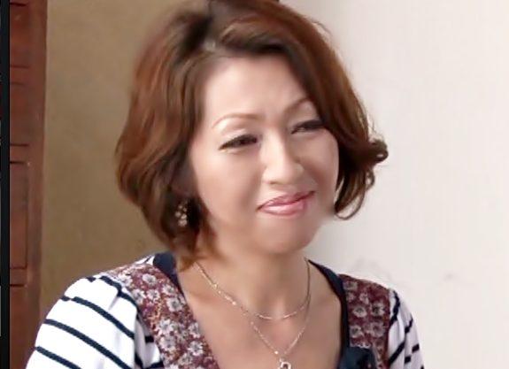 〔50歳・・・義理ママ色っぽいぜ(^^♪〕お気に入りの娘婿をムチムチ~母ちゃんがエロ下着で誘惑しちまったぁぁぁ~wwwwwwwwww