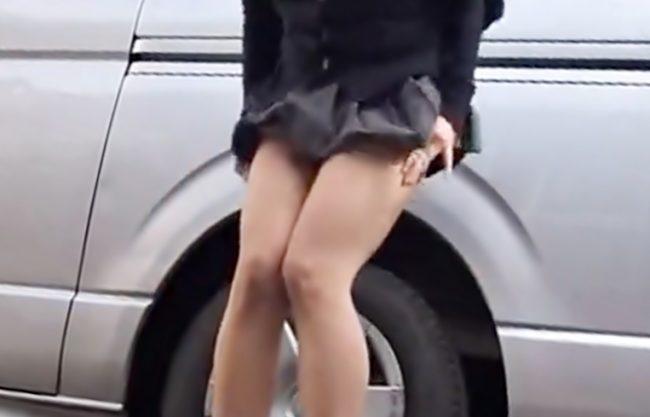 〚お外で・・・放尿Special(^^♪〛モジモジ~~~出ちゃう♡制服小娘の恥しい姿を覗き&ぶっ込んじまったwwwwwwwwwww