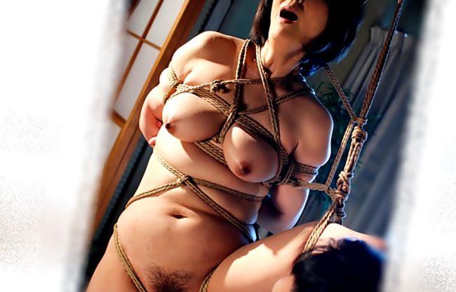 〚円城ひとみ(^^♪麻縄奴隷〛豊満裸体を持て余すおば様が年下くんのハードなSM責めに堕ちちまったぁぁ~wwwwwwwwwwwww