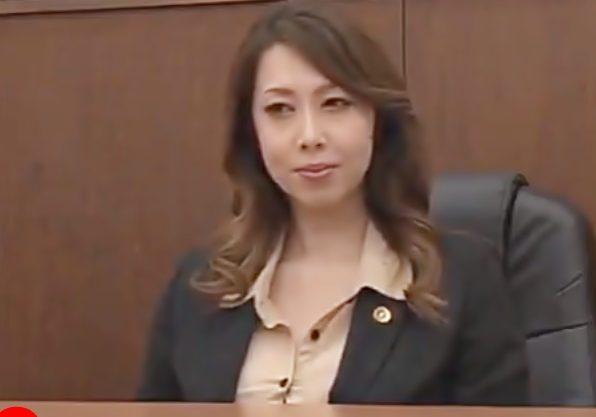 [風間ゆみ(^^♪]ふふふ…勝ったわょ!淫乱な弁護士おばさま訴訟相手を逆痴漢責めで堕としちまったぁぁぁ~wwwwwwwwwwwww