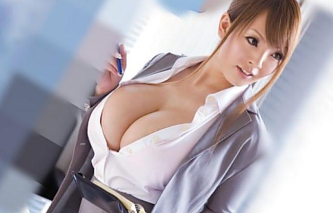 〔Hitomi\田中瞳(^^♪〕あん。。。お触りダメですょ!神乳エレベーターガールがお客様にパフパフ裏バイト始めちまったwwwwwwwwwww